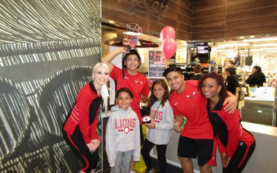 Lakeview Elementary School Has a McTeacher's Night at the Hoffman Estates McDonald's