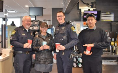 South Elgin Cocoa with a Cop 11-28-2018