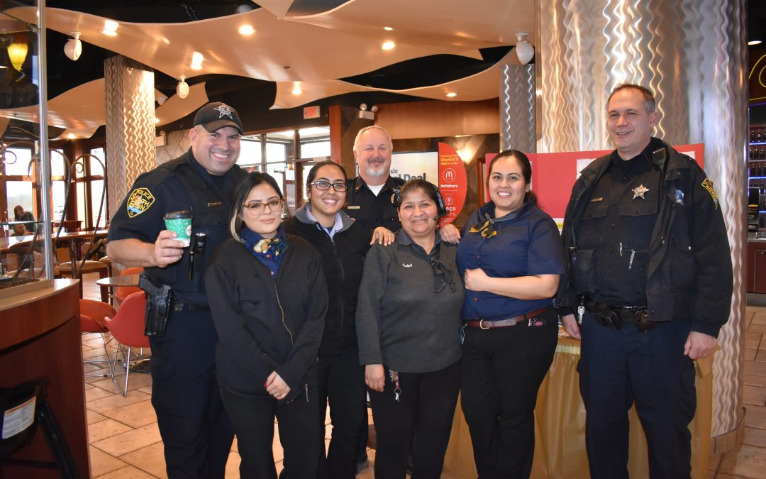 South Elgin Cocoa With A Cop 12-19-2018